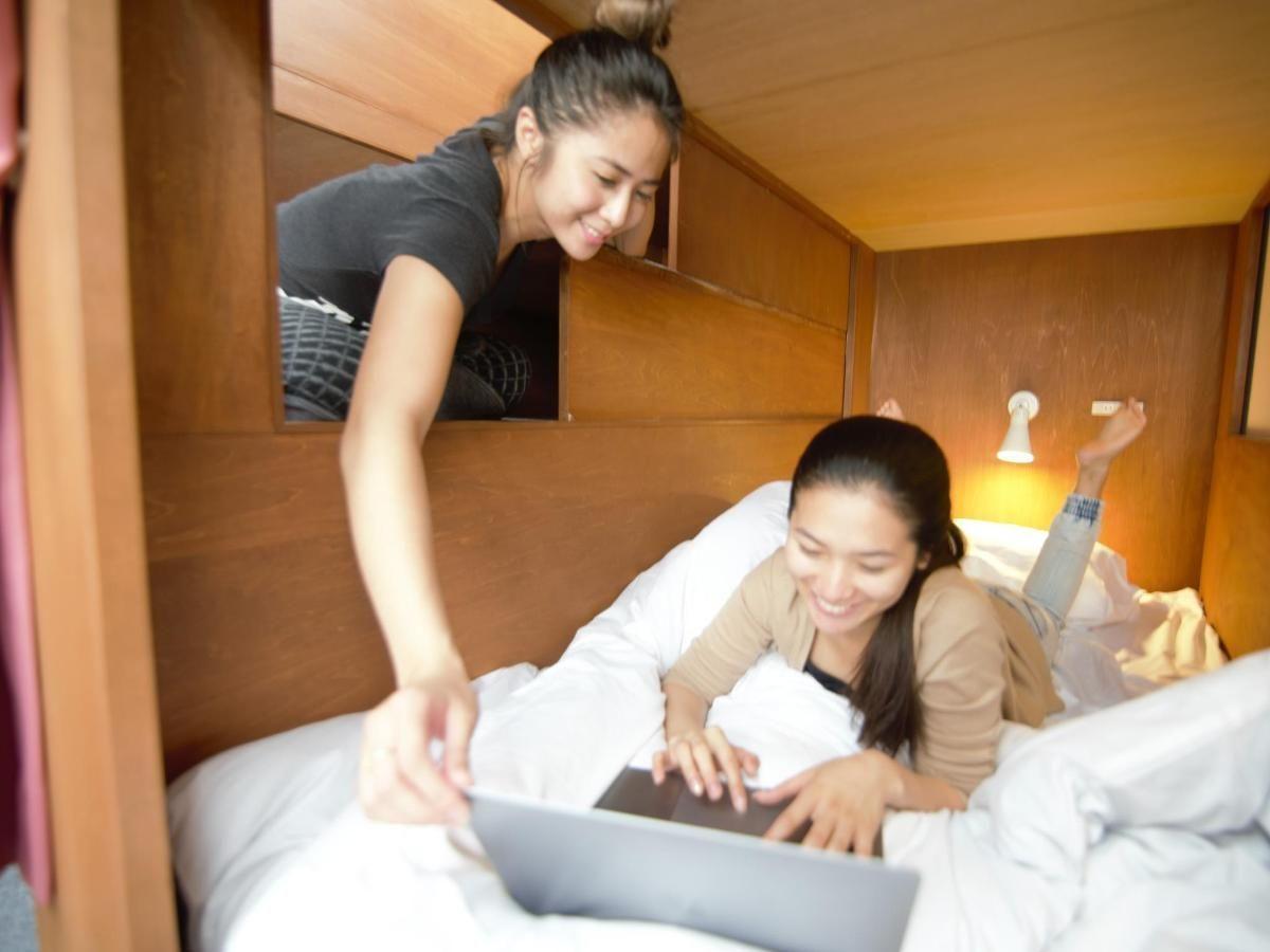 女性專用層, 宿舍型